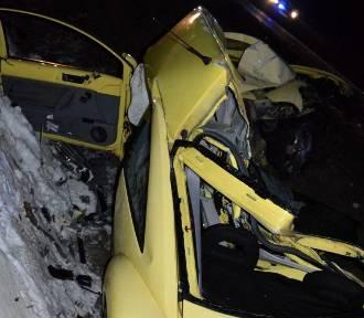 Kobieta zginęła w wypadku na drodze krajowej nr 22 koło Starego Pola [ZDJĘCIA]