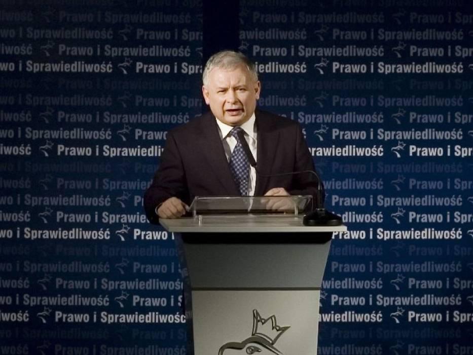 """Przy normalnie działającej władzy, by do tego nie doszło, policja by odpowiednio interweniowała"""" - podsumował Kaczyński"""