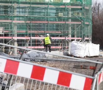 Oleśnica: Obcokrajowcy rodzinami przyjeżdżają za pracą