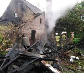 Pożar stodoły. Interweniowało kilka zastępów straży pożarnej