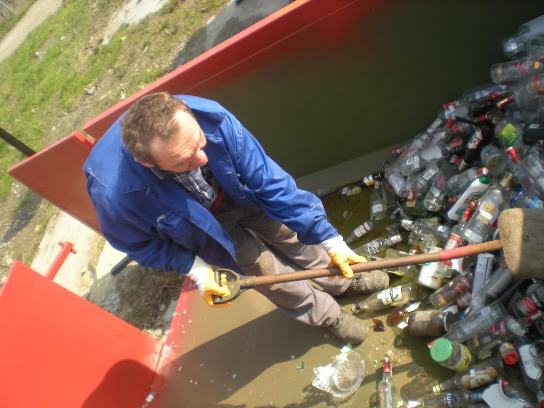 Do śmieci odbieranych od mieszkańców miasto dopłaca  co miesiąc blisko 100 tys