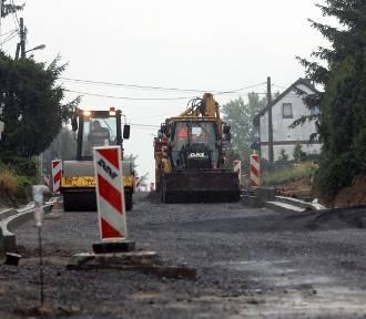 Drugi etap remontu ulicy Szczytnickiej w Legnicy [ZDJĘCIA]