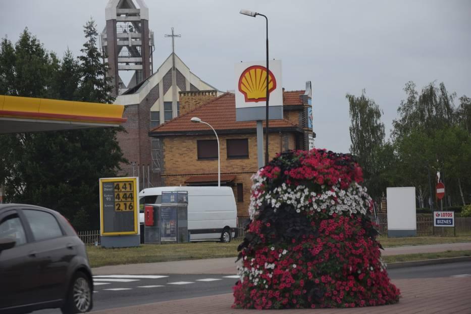 Handel w każdą niedzielę jest dostępny nie tylko na stacji benzynowej i w kościelnym kiosku