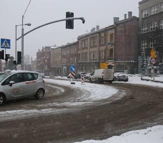 Akcja Zima 2021 w Chorzowie. Akcja trwa od 1 listopada do 31 marca