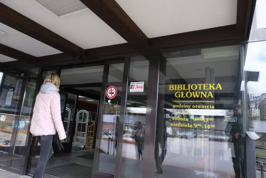 W sumie 150 tysięcy złotych domagają się pracownice Biblioteki Głównej UMK od toruńskiego uniwersytetu