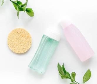 Tonik kosmetyczny do twarzy – właściwości i zastosowanie. Jak zrobić zrobić tonik?