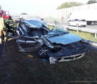 Tragiczny wypadek na autostradzie A2 w gminie Bolimów. Kierowców w stanie ciężkim