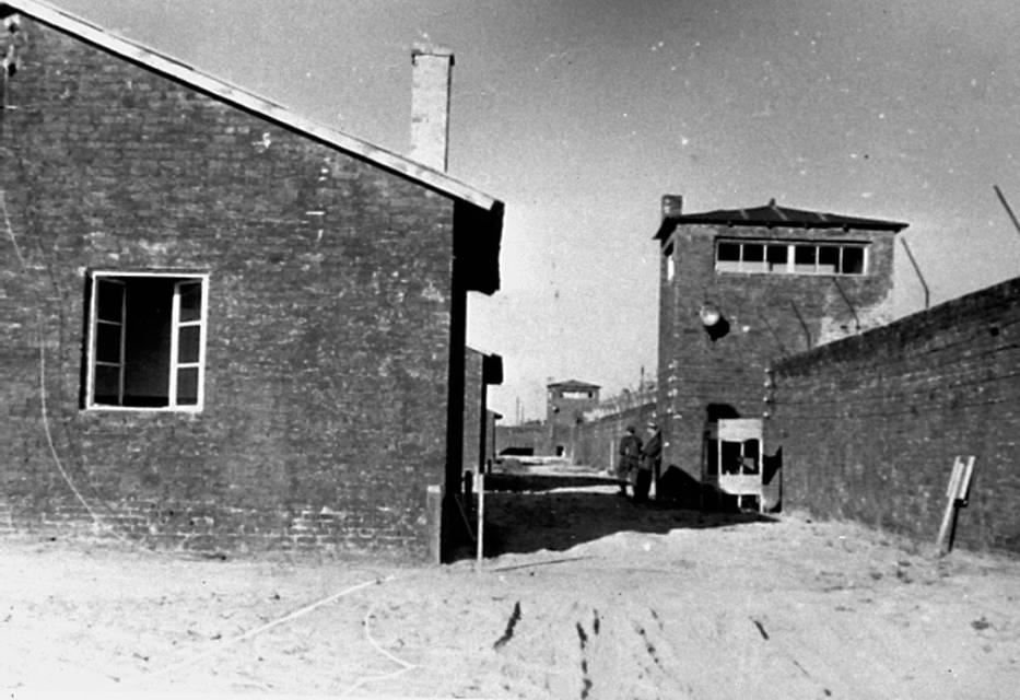 KL Warschau. Niemiecki obóz koncentracyjny w centrum Warszawy obrósł w mity i legendy