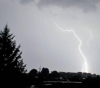 Ostrzeżenie meteorologiczne - nad Wielkopolskę nadciągają burze!