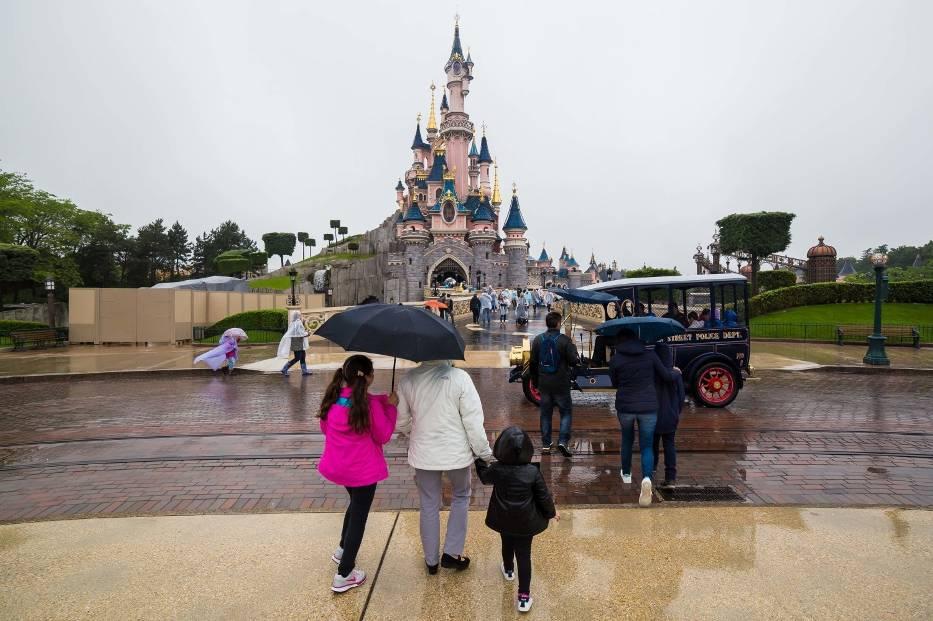Marzenie każdego dziecka i niejednego dorosłego. Tak wygląda Disneyland! [ZDJĘCIA]
