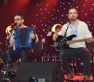 Świąteczny koncert zespołu ENEJ w Krzywiniu ZDJĘCIA