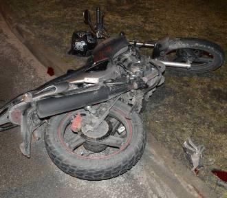 Chełm. Zderzenie samochodu z motocyklem, 32-latek w szpitalu