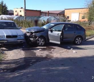 Wypadek w Ambrożewie. Dwie osoby trafiły do szpitala