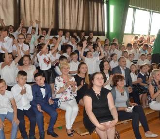 Zakończenie roku szkolnego w Szkole Podstawowej nr 2 w Łowiczu [ZDJĘCIA]