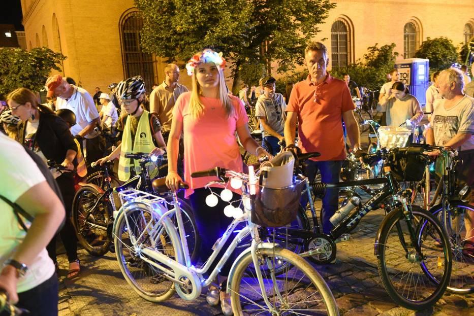 Świetlna Rowerowa Masa Krytyczna była jedną z kilku imprez towarzyszących 11
