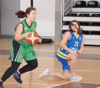 UKS Basket Fred Kielno - GTK Arka II Gdynia 96:39. Kolejne zwycięstwo koszykarek z Kielna [ZDJĘCIA]