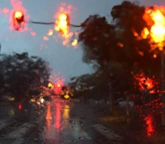 Ostrzeżenie przed burzami i silnymi opadami deszczu