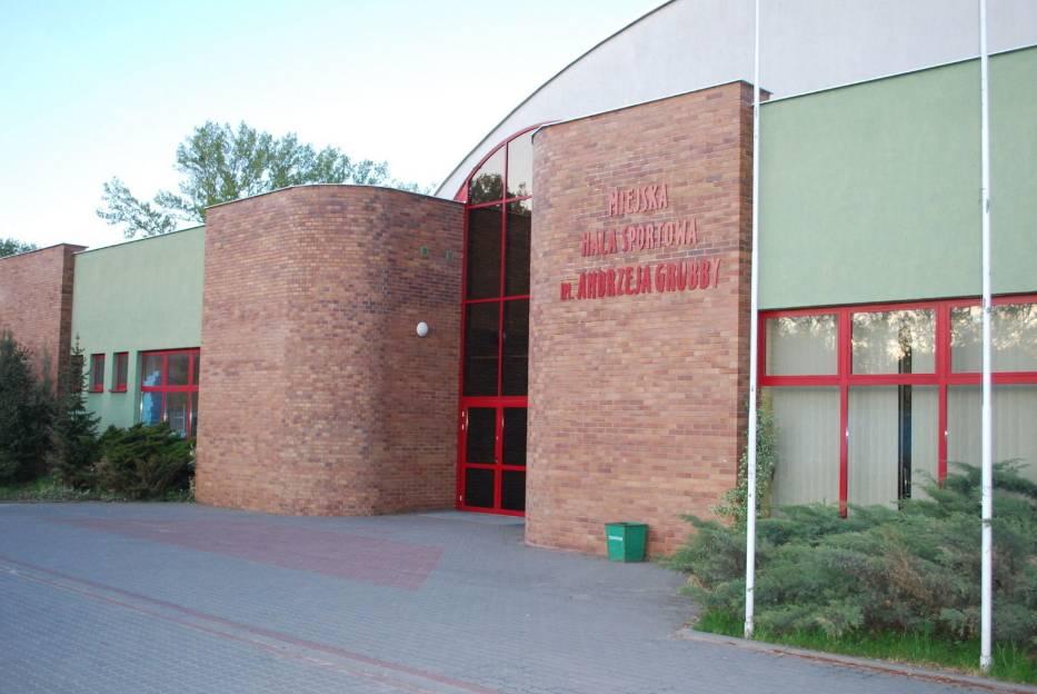 Miejska Hala Sportowa w Starogardzie nosi imię Andrzeja Grubby