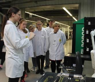 Zwiedzili fabrykę Lacroix i konstruowali roboty [ZDJĘCIA]