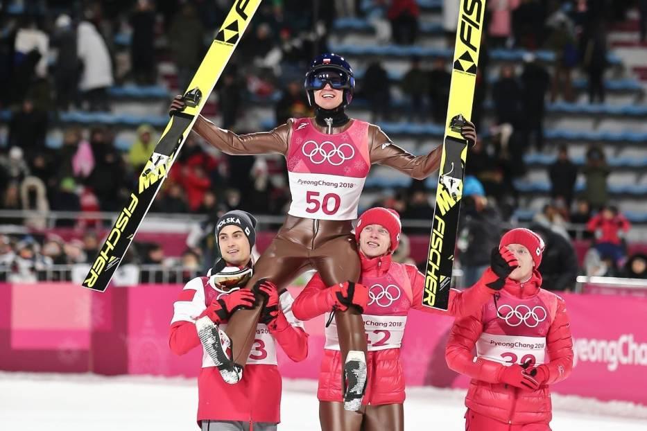 Już przed wyjazdem na igrzyska wszyscy Polacy wiedzieli, że Kamil Stoch ma ogromne szanse na zdobycie medalu
