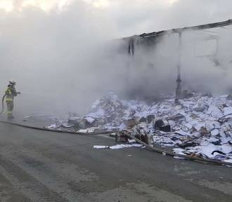 Pożar ciężarówki na A4 pod Legnicą [ZDJĘCIA]