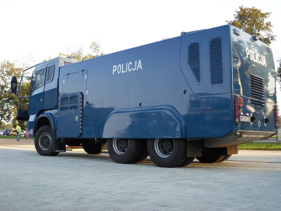Policja zabezpieczając teren stanęła na wysokości zadania // fot