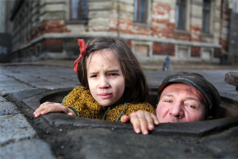 """""""W ciemności"""" Agnieszki Holland polskim kandydatem do Oscara 2012"""