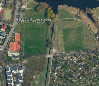 Zabudują Jeziorko Czerniakowskie? Wkrótce rozbudowa klubu sportowego. Mieszkańcy protestują