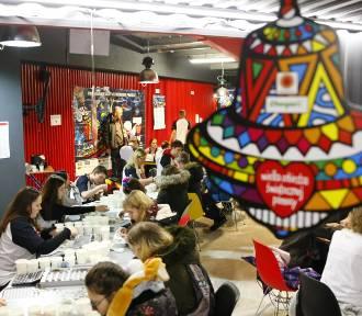 WOŚP od kuchni. Przyjrzeliśmy się pracy największego sztabu WOŚP w Warszawie [ZDJĘCIA, WIDEO]