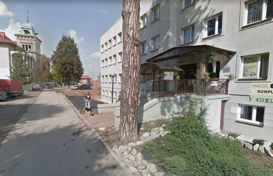 """Kolorowy samochód lub inny pojazd z logo Google i charakterystyczną """"kopułką"""" na górze we wrześniu 2013 roku można było zauważyć na ulicach Kazimierzy Wielkiej, bo to wtedy robiono zdjęcia aktualizując funkcję Google Street View"""