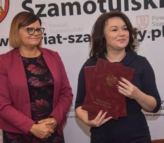 Podpisano umowę na dofinansowanie zakupu tomografu dla szpitala w Szamotułach [ZDJĘCIA]