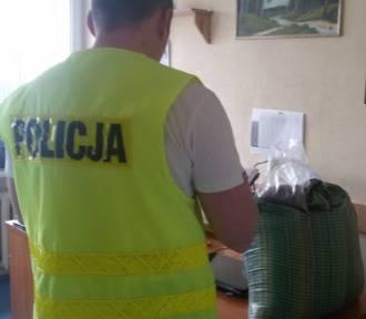 Bełchatów: nielegalny tytoń w rękach policjantów