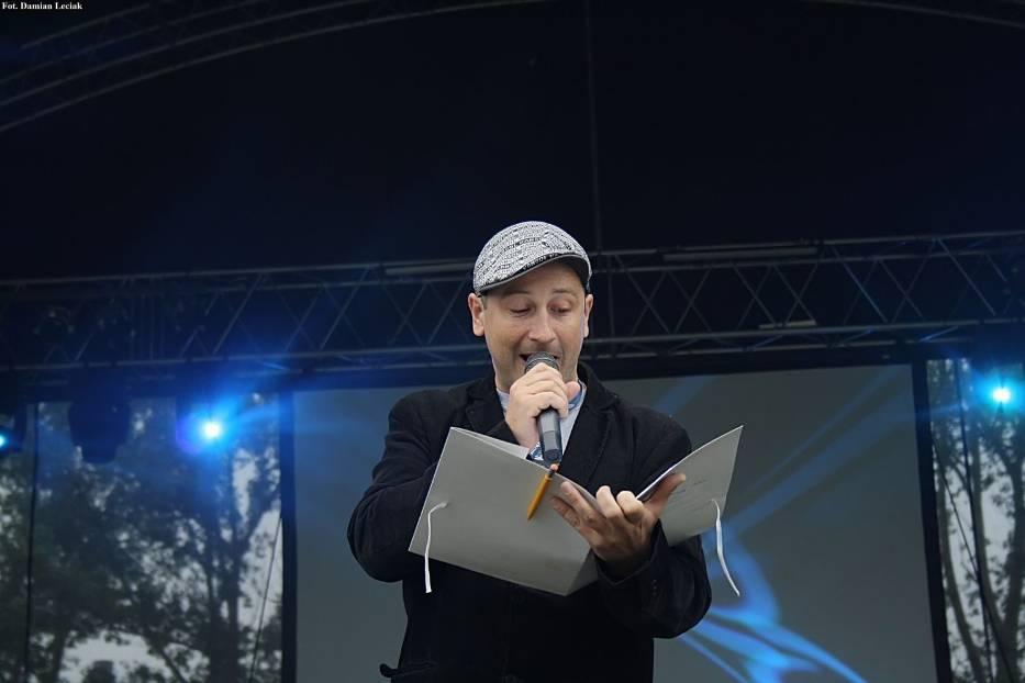 """Piotr """"Dziker"""" Chrząstek- prowadzący Dni Myszkowa"""