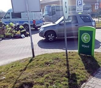 Dwa wypadki w Czańcu. Przygnieciony kierowca i potrącony rowerzysta
