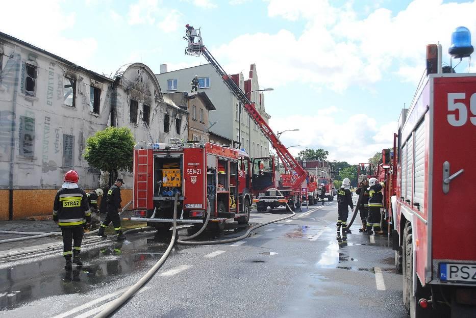 Meblarnia w Szamotułach: pożar wybuchł rano