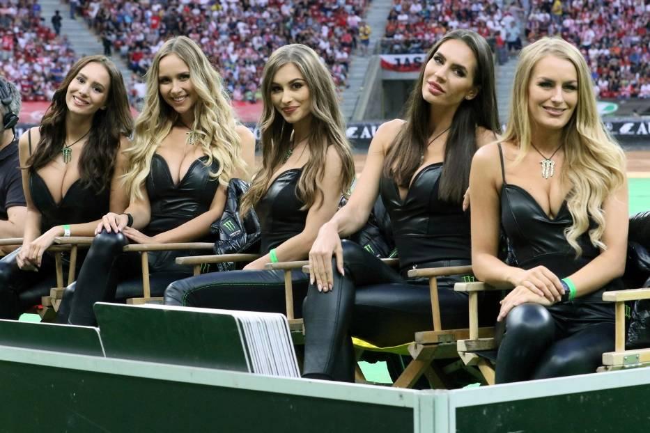 Monster Energy Girls i dziewczyny BOLL. Piękne kobiety na PGE Narodowym [ZDJĘCIA]