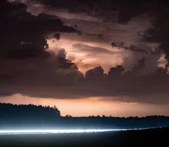 Apokalipsa nad Świebodzinem. Magiczne zdjęcia nieba obejrzało już prawie milion osób