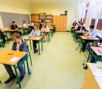 Egzamin gimnazjalny 2018 - języki obce. Sprawdź arkusze i odpowiedzi!