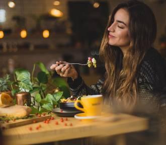 Najlepsze restauracje w Zielonej Górze. Tu mieszkańcy jadają obiady - adresy, mapa