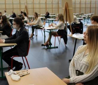 Maturzyści z Brodnicy opowiadają nam o swoich wrażeniach po egzaminie dojrzałości [zdjęcia]