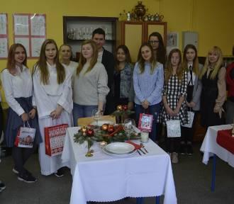 Świąteczne konkursy w Zespole Szkół Ponadgimnazjalnych nr 3 w Łowiczu [ZDJĘCIA]