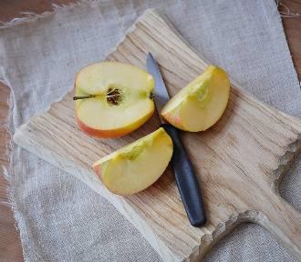 Gwoździe w jabłkach. Niebezpieczna moda, lekarze ostrzegają