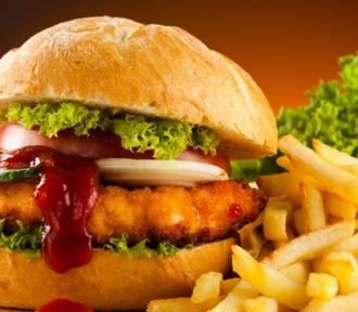Quiz. Polski kebab ze schabowego? Sprawdź, co wiesz na temat fast foodów!