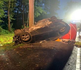 Tragiczny wypadek na drodze. Zginął 20-letni mieszkaniec Jemielnej (FOTO)