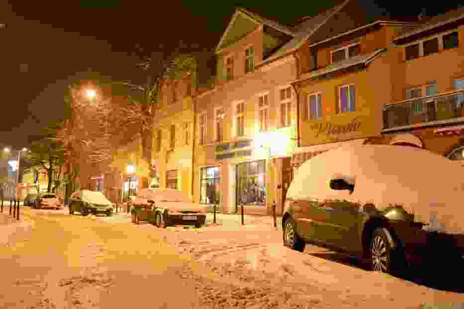 Zimowy Międzyhcód nocą