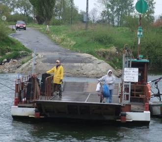 Otfinów, Siedliszowice. Przez Dunajec znowu przepłyniemy promem