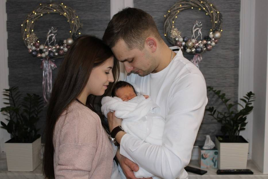 Justyna i Tomasz Burnatowie z Chojnika są szczęśliwymi rodzicami Tymona, pierwszego Małopolanina