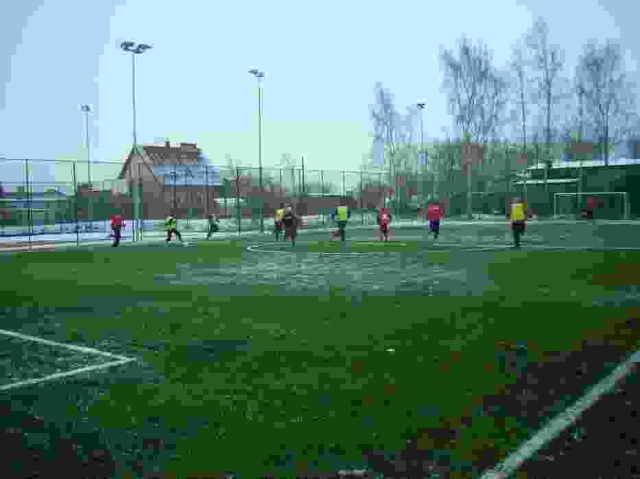 Mecz otwarcia na nowym boisku
