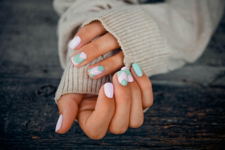 W galerii znajdziesz sporą dawkę inspiracji i wzorów na paznokcie