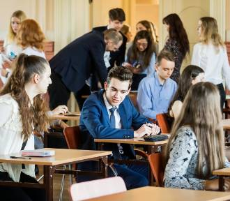 Egzamin gimnazjalny w Gimnazjum Klasycznym w Bydgoszczy [zdjęcia]